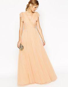 """Pin for Later: 50 elegante, bodenlange Abendkleider unter 100 €  Asos Premium """"Princess"""" Maxikleid mit Netzstoff in nude (ursprünglich 140 €, jetzt 70 €)"""