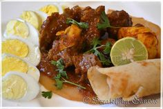 Doro Wat is one of the most popular traditional Ethiopian delicacies. It is basically red meat curry. Wat means spicy stew or curry. Curry Recipes, Meat Recipes, Roast Fillet Of Beef, Ethiopian Injera, Doro Wat, African Stew, Spicy Stew, Colombian Food, Colombian Recipes