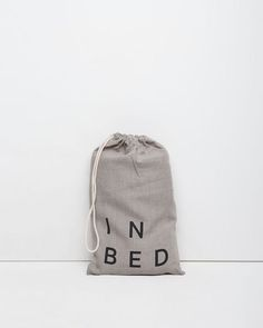 IN BED | Dove+Flat+Sheet | La Garçonne