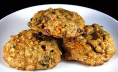 Early this week, I got an email from someone who loved the carrot cake cookies at Disney World. As usual, I too became interested in carrot cookies and started searching for good carrot cookie recipes. Like carrot cake itself, some versions are butte Breakfast Cookie Recipe, Cookie Recipes, Breakfast Recipes, Carrot Cake Cookies, Cranberry Almond, Breakfast On The Go, Cookies Ingredients, Recipe Details, Healthy Recipes