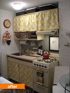 Before & After: Rental Kitchen Gets an Adorable Update. Kitchen cabinets, with no doors and covered like this, like nana's old house Update Kitchen Cabinets, Kitchen Cabinet Doors, Kitchen Redo, Kitchen Makeovers, Loft Kitchen, Cupboard Doors, Kitchen Cupboards, Kitchen Ideas, Ugly Kitchen