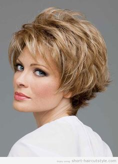 Perfect Hairstyles for Women Over 40