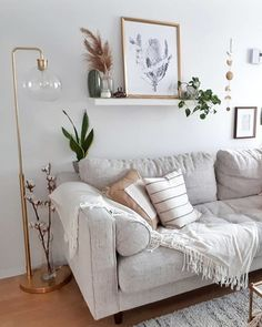 11 Cozy Living Room Color Schemes To Make Color Harmony In Your Living Room - The Trending House Boho Living Room, Living Room Sofa, Sofa In Bedroom, Apartment Living, Living Room Decor Grey Walls, Beige And White Living Room, Simple Living Room Decor, Cozy Living Rooms, Living Room Color Schemes