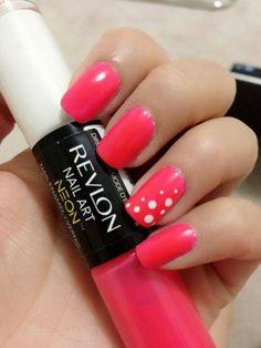 Pink nails with polka dots