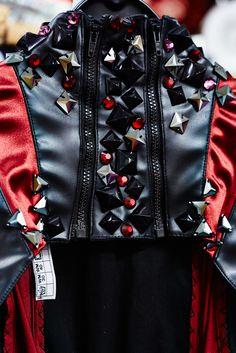 """detail """"He@rt"""" AIDAsol costume design dirk zilken dzd for AIDA"""