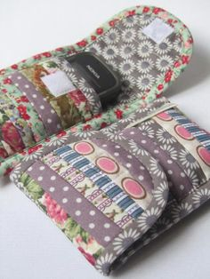 Phone pouch/pocket/wallet