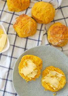 Recipes Snacks Savoury Easy Cheese and Pumpkin Scone recipe - perfect savoury snack and also good for lunchboxes too. Both regular and Thermomix instructions included. Cheese Scones, Savory Scones, Savory Muffins, Savory Snacks, Snack Recipes, Cooking Recipes, Scone Recipes, Yummy Recipes, Healthy Recipes