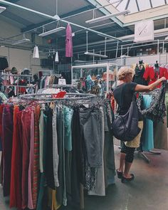 Second Hand Shop, Two Hands, Vintage Shops, Travelling, Instagram, Shopping, Hands, Voyage, City