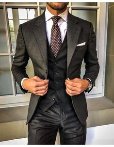 Best suits for men, cool suits, mens suits, mens casual suits, formal Mens Fashion Suits, Mens Suits, Style Costume Homme, Moda Formal, Classy Suits, Mode Costume, Suit Combinations, Designer Suits For Men, Formal Suits