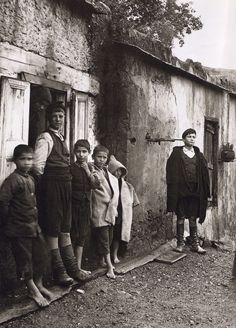 Λάκοι, Οικογένεια Μάντακα. Fred Boissonnas - 1911
