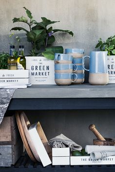 Give your kitchen an inviting update with cute ceramics and textiles in neutral, calming colours. | H&M Home