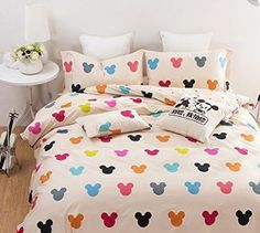 Disney Find- Vibrantly Colorful Mickey Mouse Bedding What's better than having a beautifully decorated room with bright happy colors? Well a Mickey one, that's what! Check out this adorable Colorful Mickey Mickey Mouse Bett, Mickey Mouse Bed Set, Mickey Mouse Comforter, Mickey Mouse Nursery, My New Room, My Room, Girl Room, Casa Disney, Disney House