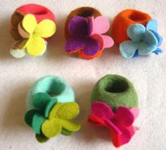 felt ring -- this one I won't let the dog chew up