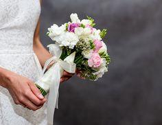 Dekoracje ślubne: bukiet ślubny #ślub #wesele #bukiet http://www.chabryimaki.com/realizacje/bukiety-slubne/