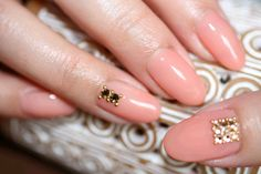 nailart pink diamond