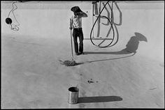 Alex Webb USA West Texas 1975 Mexican cleaning swimming pool