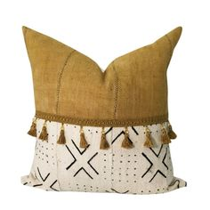 Gold Mud Cloth Pillow Authentic White Mud Cloth African What is Decoration? Decoration could be the art of decorating the … Boho Throw Pillows, Yellow Pillows, Gold Pillows, Colorful Pillows, Velvet Pillows, Boho Glam Home, African Mud Cloth, African Fabric, African Prints