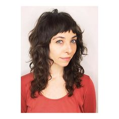 Curly shag with baby bangs. So adorable ✨ thanks for coming to see me @hillaryjonesdesign this but with longer bang