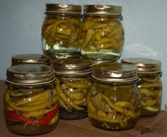 Peperoncini sottaceto (pickled pepper), Emilia-Romagna