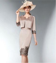 Abito da cerimonia mamma sposa Elegant Outfit, Elegant Dresses, Beautiful Dresses, Nice Dresses, Mob Dresses, Fashion Dresses, Formal Dresses, Everyday Dresses, Groom Dress