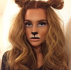 Discover Halloween makeup that will offer you a scary and scary appearance. Discover Halloween face paints, vanity case and more at. Halloween Inspo, Halloween Looks, Holidays Halloween, Halloween Diy, Pretty Halloween Makeup, Halloween Costume Makeup, Facepaint Halloween, Halloween Fashion, Halloween 2017