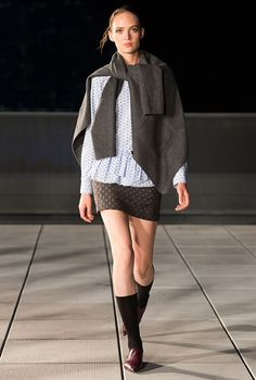 Thai-American designer, Thakoon Panichgal, showcased a cool and contemporary womenswear range at his eponymous show during New York Fashion Week. The spotlight shined on oversized knitwear, chic layerings and a blend of basics and modern pieces. View the full Spring/Summer '17 collection here...