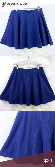 Topshop Chambray Full Circle Skater Skirt Topshop chambray full circle skater skirt Size 8 with elastic waist band non sheer / thick stretchy fabric / looks like denim  pre owned in new condition Topshop Skirts Circle & Skater