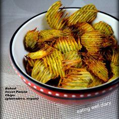 Baked Sweet Potato Chips: se pot, soak in salt water instead of oil