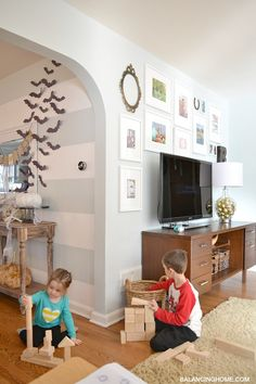 TV Gallery Wall and a Pen & Paint Giveaway