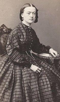1860s Beautiful Woman Seated Fine Plaid Dress Earrings by Hallett New York CDV | eBay