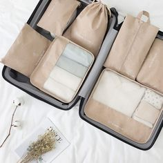 Suitcase Packing, Travel Packing, Travel Luggage, Travel Bags, Best Travel Accessories, Travel Organization, Business Travel, Travel Essentials, Bag Storage