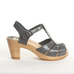 Diamond Strap Clog Gray now featured on Fab.    I NEED grey sandals. Need.