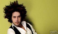 الجريني يفوز بأفضل عمل عالمي لنجم عربي في مهرجان الموسيقى: فاز النجم المغربي عبد الفتاح الجريني بجائزة أفضل عمل عالمي لفنان عربي ضمن…