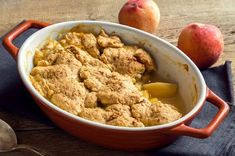 One of our all-time favorite almond flour dessert recipes; this warm, crisp, and perfectly flavored gluten-free almond flour peach cobbler dish is perfect for any summertime gathering or celebration. Almond Flour Desserts, Almond Flour Recipes, Low Carb Desserts, Low Carb Recipes, Healthy Recipes, Healthy Desserts, Diabetic Desserts, Paleo Treats, Keto Snacks