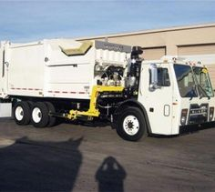 The 2011 Mack LEU613 is a heavy-duty Class-8 truck in the refuse category. It has 6-speed automatic transmission with a gear ratio of 4.8. The truck is equipped with new E-Z pack ASL-27 automated side loader.