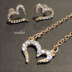 Rhinestone gold plated set Rhinestone gold plated set Jewelry
