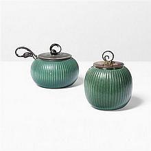 Arne Bang (1901-1983)Ensemble de trois vases et un plat