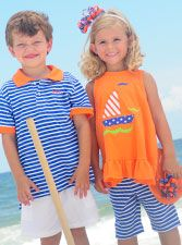 Kelly's Kids - shorts for the boys and pedal pushers for the girls. Matching Sister Outfits, Matching Clothes, Little Girl Fashion, Kids Fashion, Kids Sites, Boy Girl Twins, Pedal Pushers, Kids Shorts, Brother Sister