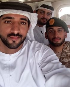 Sheikh Hamdan bin Mohammed bin Rashid Al Maktoum Dubai, Muslim Pictures, Royal Family Pictures, Handsome Arab Men, Prince Mohammed, Prince Crown, Young Prince, Handsome Prince, My Prince Charming
