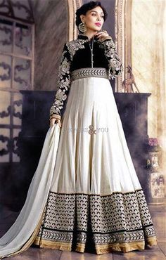 Black And White Buy Designer Anarkali Suits Online - Indian Dresses Lehenga, Robe Anarkali, Costumes Anarkali, Anarkali Suits, Anarkali Churidar, Punjabi Suits, Anarkali Bridal, White Anarkali, Kurti