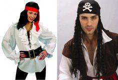 Cómo disfrazarse de pirata. Un disfraz de pirata casero es una excelente y simple alternativa para acudir a una fiesta temática o para lucir en Carnaval o Halloween. Y es que si tienes las prendas de ropa adecuadas en casa, pued...