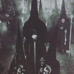 Skullssociety com appletstag hooded black ritual pagan witch