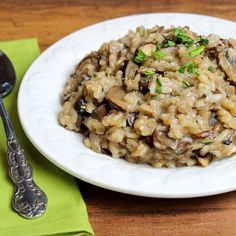 Even without the addition of traditional oil, butter, cheese, and salt, risotto can be very satisfying and delicious. This classic Italian rice dish is creamy and hearty, getting its big flavor from a variety of mushrooms, as well as shallots, garlic, balsamic vinegar, and fresh tarragon. Print Mushroom Risotto Prep time:  20 mins Cook time:  45 mins Total...Read More »
