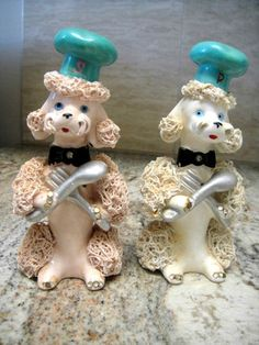 Vintage Spaghetti Poodle Salt and Pepper Shakers in Pink and White | eBay...