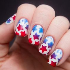 25 of the BEST 4th of July nails! From stars to stripes and every creative idea in between, here are the cutest manis out there for the 4th of July.