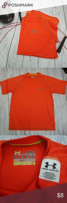 Under Armour UA heat gear loose t-shirt Medium Under Armour UA heat gear loose t-shirt Medium Under Armour Shirts Tees - Short Sleeve