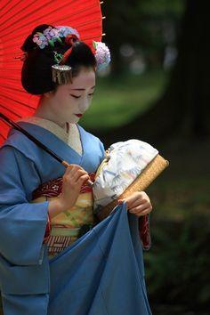 geisha-kai:  June 2015: maiko Mamefuji of Gion Kobu by Nakayoshi4141 - blog