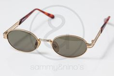 Image of Versace Versus F22 :: Vintage Sunglasses