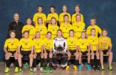 #urheilukuva #joukkuekuva #salibandy #meidanjengi #muotokuva #valokuva #kuvaverkko © Kuvaverkko Oy