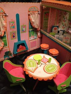 1961 – Present ~ Barbie, Family and Friends STRUCTURES – Houses, Furniture and Shops! 1962 Barbie's First Dreamhouse™. * 2017 Barbie's® Dream House® Reproduction) with Barb… Barbie Go, Barbie Doll House, Barbie Dream, Vintage Barbie Dolls, Barbie World, Barbie Stuff, Barbie Kitchen, Toy Kitchen, Barbie Furniture
